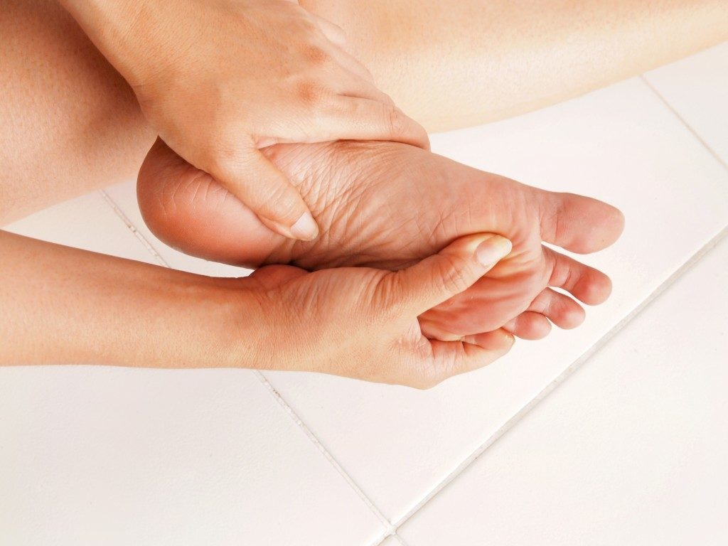 massaging of feet